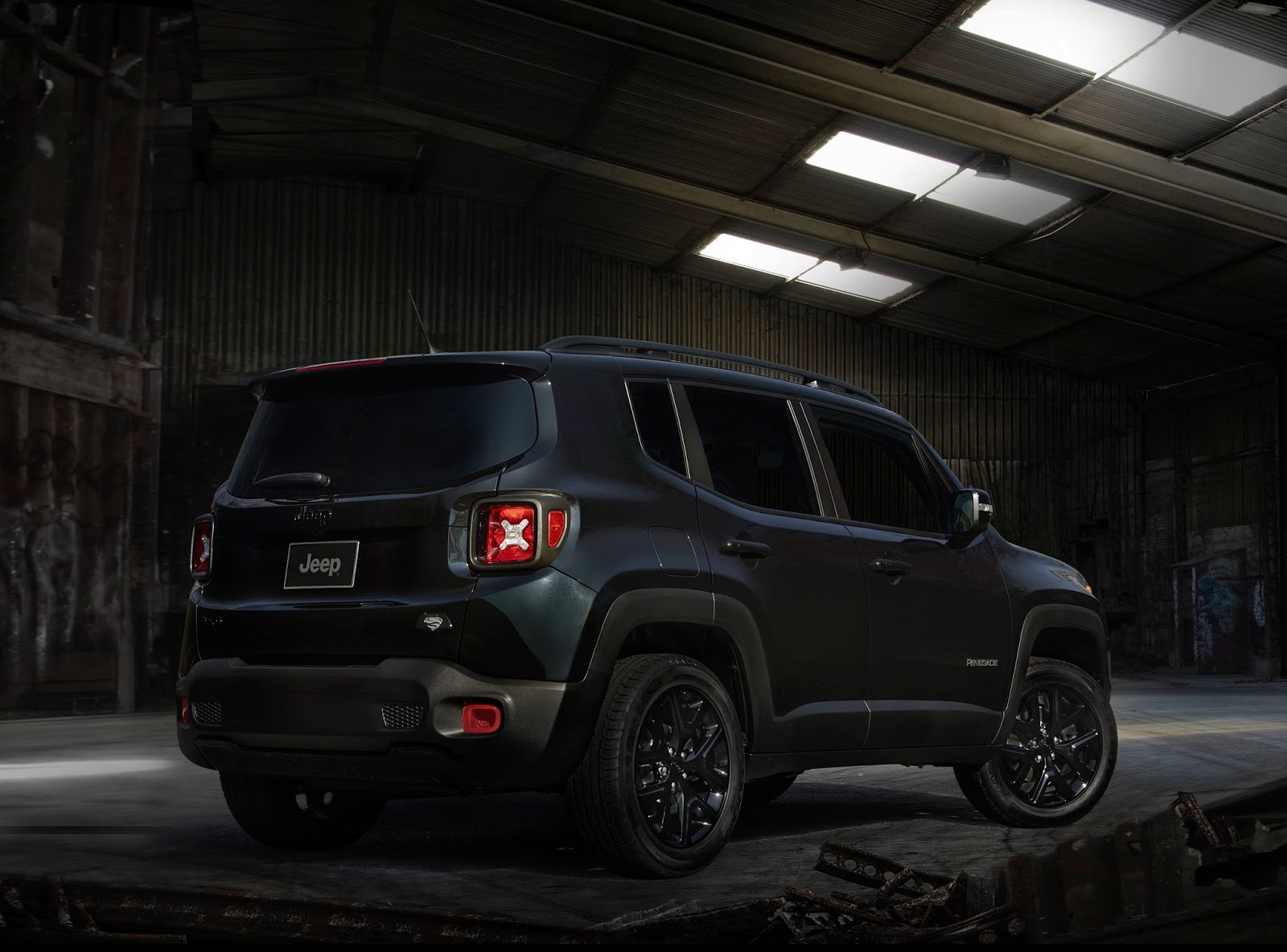2016 jeep renegade dawn of justice 003 1 1 1 Jeep Renegade Justice! Ένα Jeep για ήρωες!