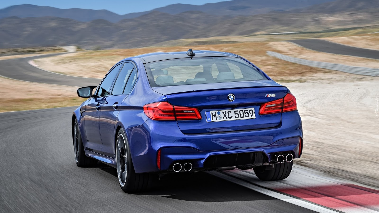 m52Bf90 Δες τη νέα BMW M5 να κάνει 7:38.9 στη Nordschliefe