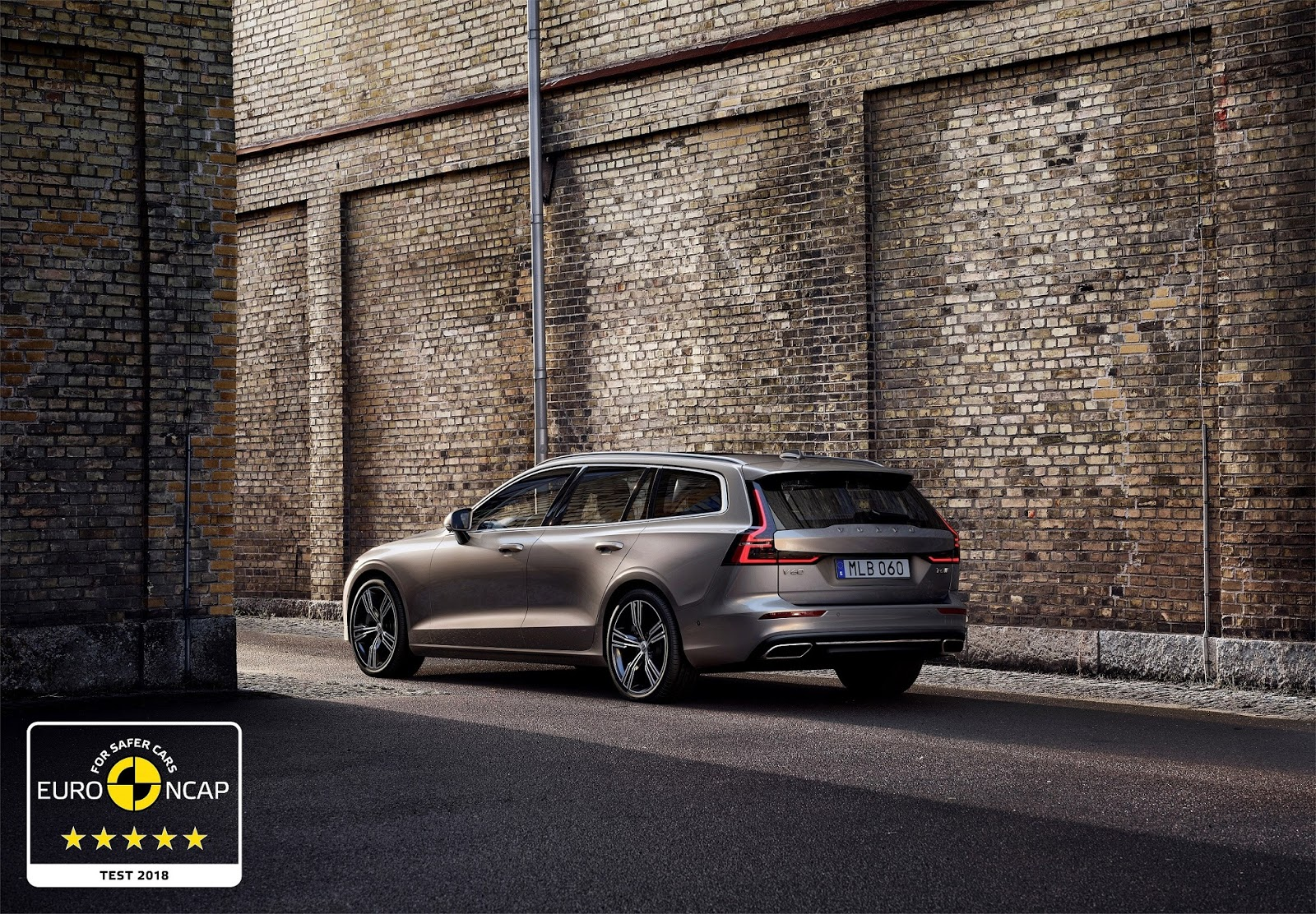 246535 Volvo S60 and V60 secure 5 star safety rating by Euro NCAP1 Συνεχίζουν το σερί 5 αστέρων τα Volvo S60 και V60