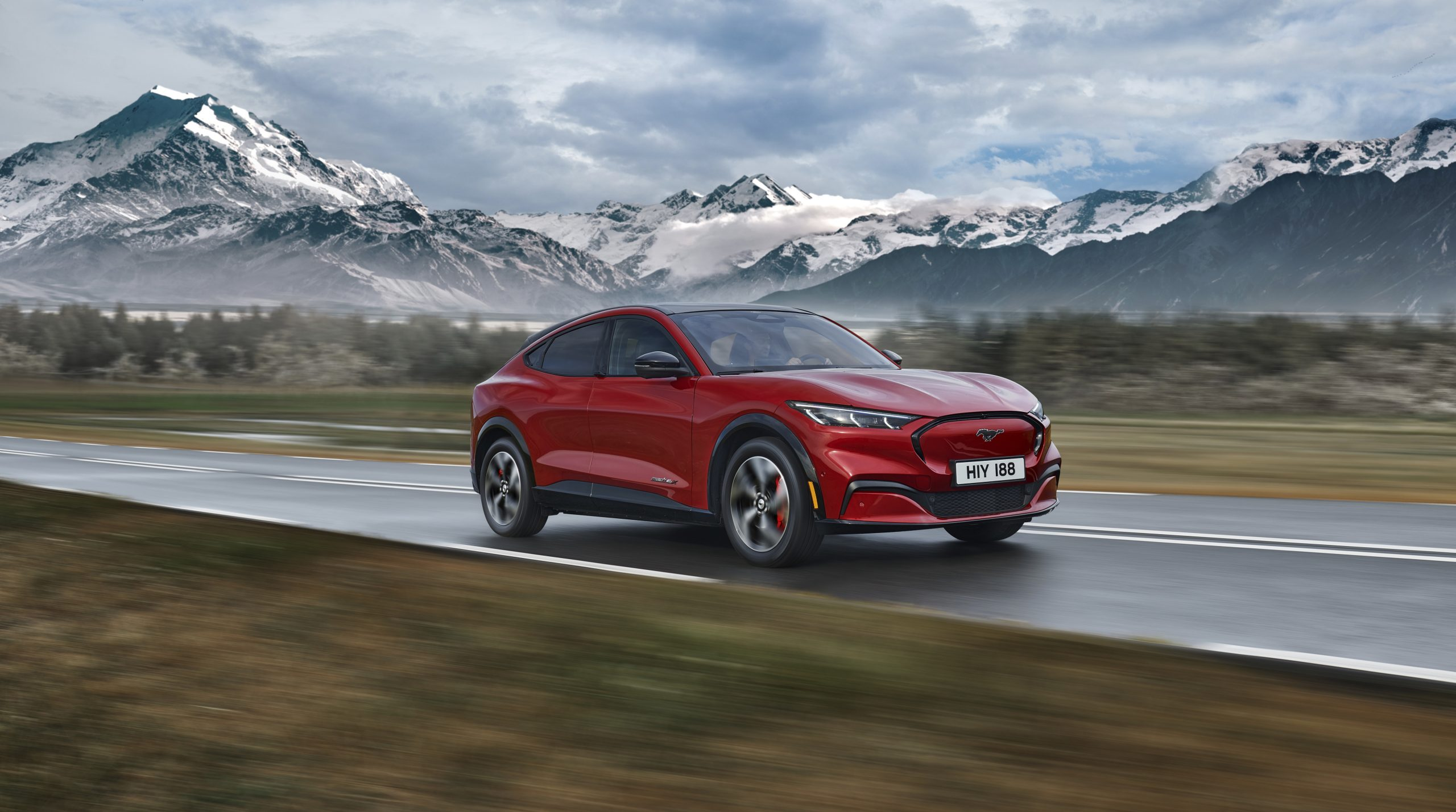 2020 FORD MACH E AWD 23 scaled Από 51.587 ευρώ η τιμή της Ford Mustang Mach-E στην Ελλάδα